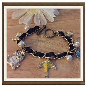 🐸Betsey Johnson Love Frog Bracelet With Bird